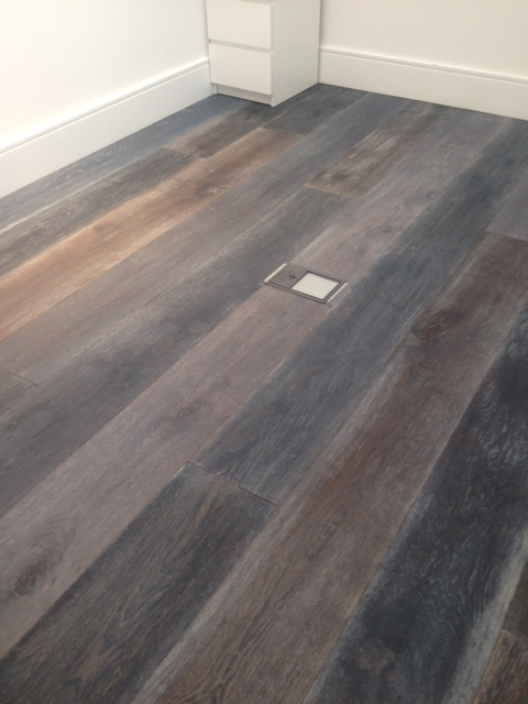 portfolio hardwood flooring dark stained oak 03