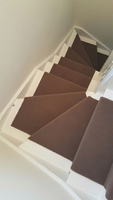 BROWN-WHIPPED-CARPET-STAIR-RUNNER-01