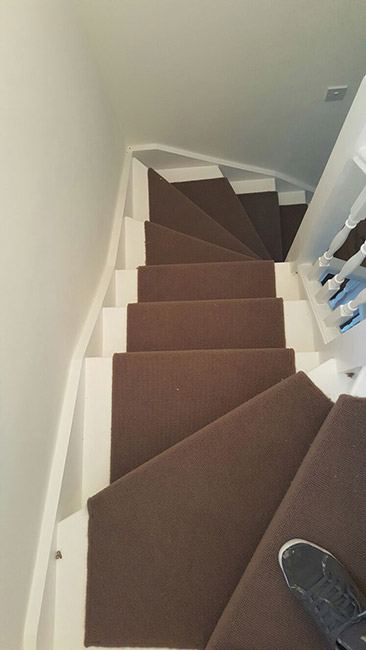 BROWN-WHIPPED-CARPET-STAIR-RUNNER-04