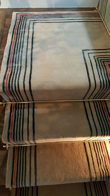 Beige-Carpet-Runner-with-Some-Stripes-05