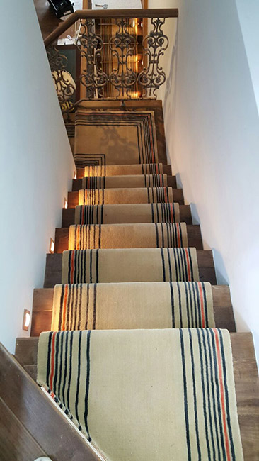 Beige-Carpet-Runner-with-Some-Stripes-06
