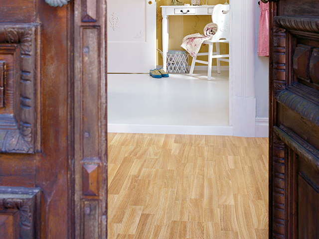 Classic plank l0x01 01789 the flooring group for Laminate flooring waterloo