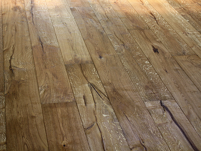 Rover's Flooring – Ripped Oak – Ripped Oak No.3