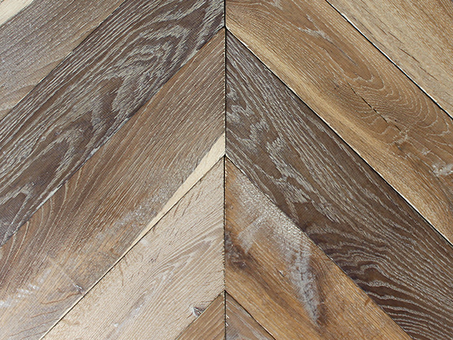 Rover's Flooring – Special Design Floors – Planed Oak Chevron