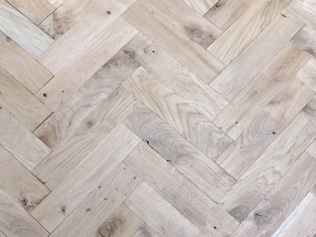 Rover's Flooring – Special Design Floors – Solid Oak Blocks
