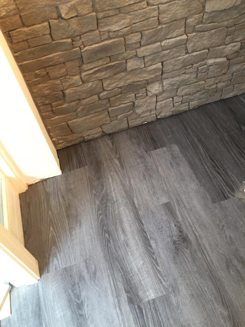 portfolio smooth floors rooms amtico dark wood installation 03