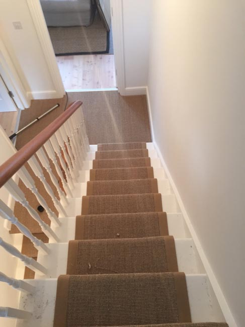 portfolio-carpets-brown-carpet-border-stairs-11