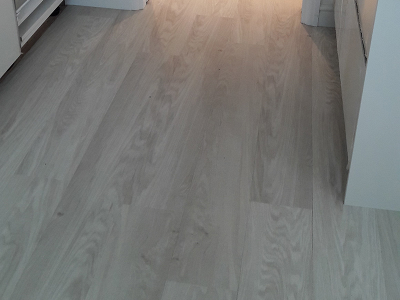 portfolio-smooth-floors-amtico-wood-install