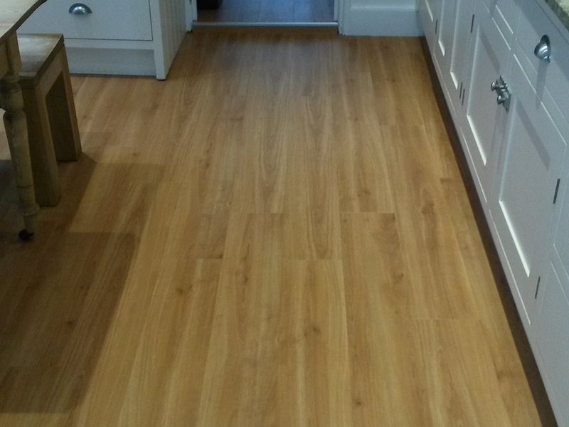 portfolio-smooth-floors-amtico-wood-straight-plank-install
