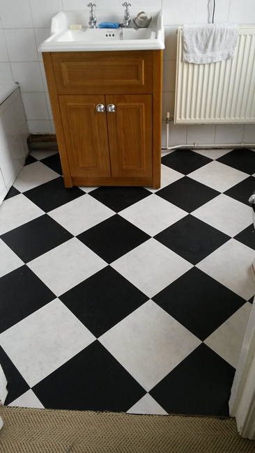 portfolio-smooth-floors-black-and-white-amtico-tiles-02