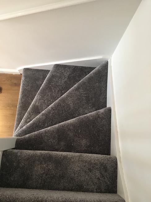 portfolio-carpets-staircase-in-silkresse-carpet-03