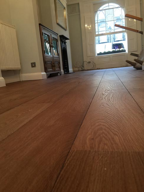 portfolio-hardwood-floors-brown-oak-wood-floor-installation-05