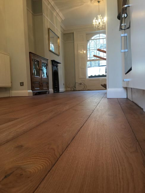 portfolio-hardwood-floors-brown-oak-wood-floor-installation-06