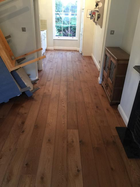 portfolio-hardwood-floors-brown-oak-wood-floor-installation-08