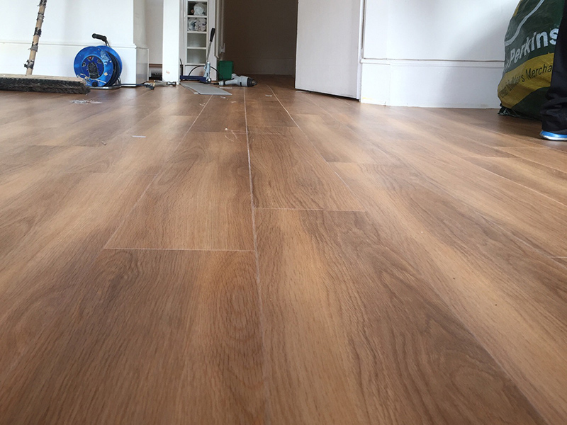 portfolio-smooth-floors-room-amtico-walnut-wood-installation