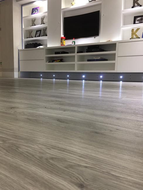 portfolio-smooth-floors-rooms-amtico-grey-wood-installation-06