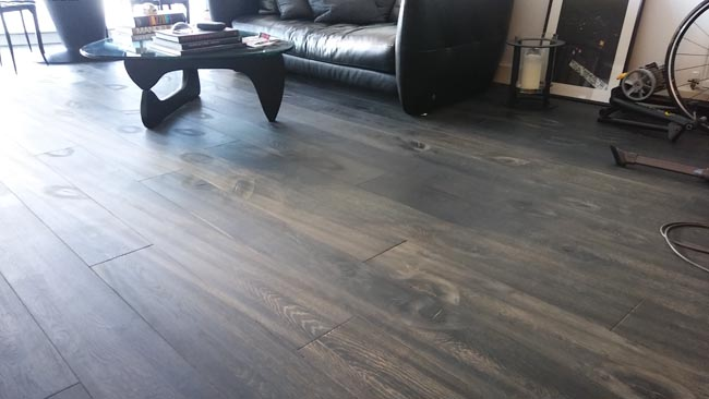 portfolio-hardwood-flooring-brown-grey-wood-in-living-area-03