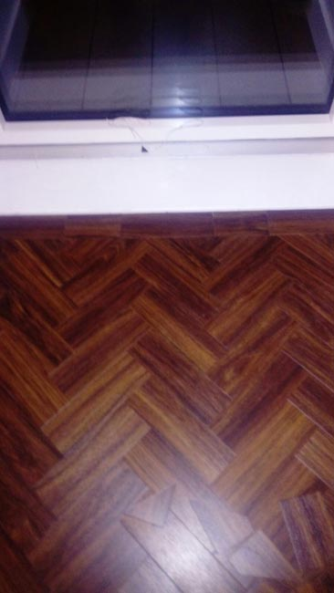portfolio-smooth-floors-amtico-herringbone-installation-01
