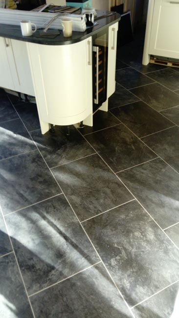 portfolio-smooth-floors-amtico-stone-slate-design-on-floor-01