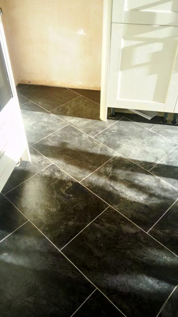 portfolio-smooth-floors-amtico-stone-slate-design-on-floor-03