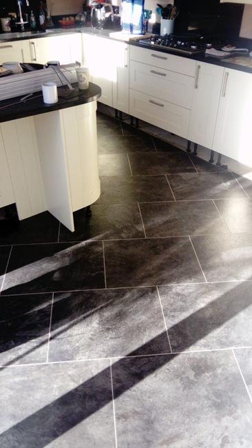 portfolio-smooth-floors-amtico-stone-slate-design-on-floor-04