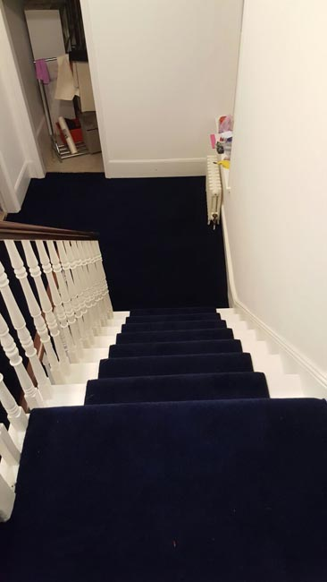 portfolio-carpets-dark-blue-carpet-stairs-and-landings-06