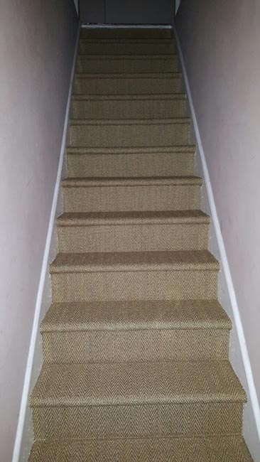 portfolio-carpets-sisal-close-covered-stairs-01