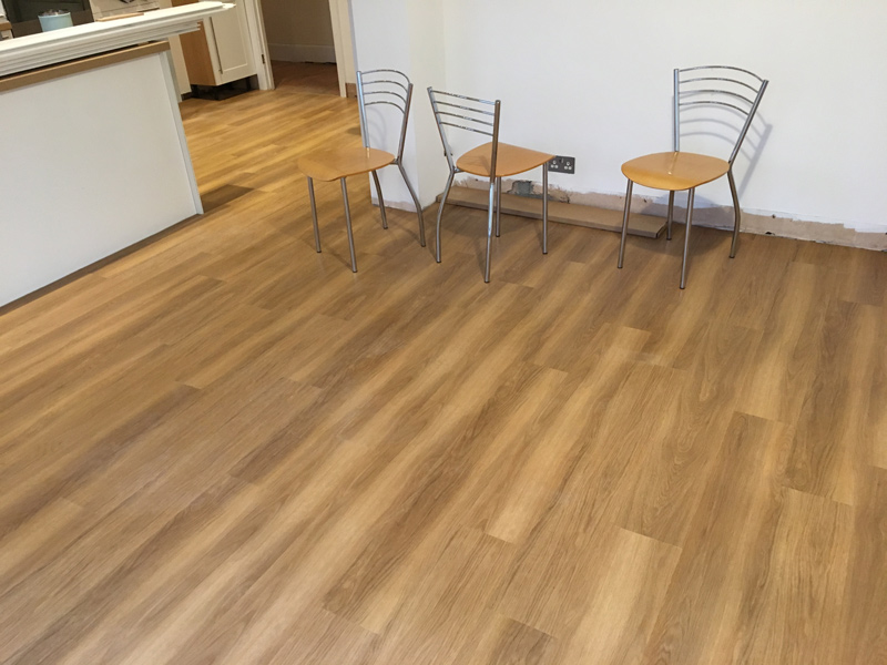 portfolio-smooth-floors-amtico-mid-range-appearance
