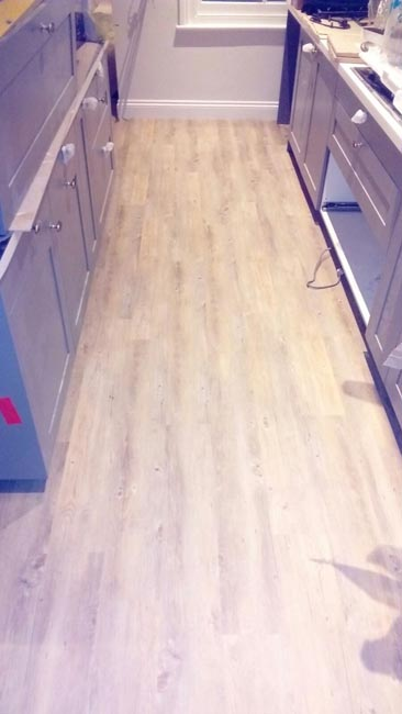portfolio-smooth-floors-amtico-wood-effect-installation-rooms-04