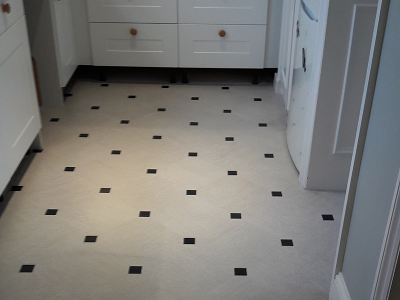 portfolio-smooth-floors-kitchen-amtico