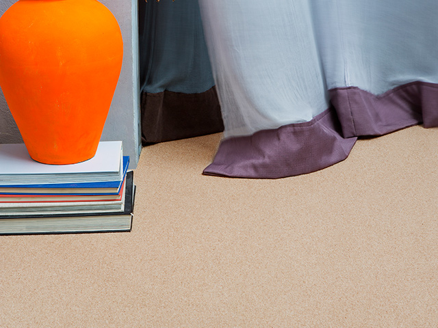 Edel Telenzo Carpets – Centre Point 142 Biscuit