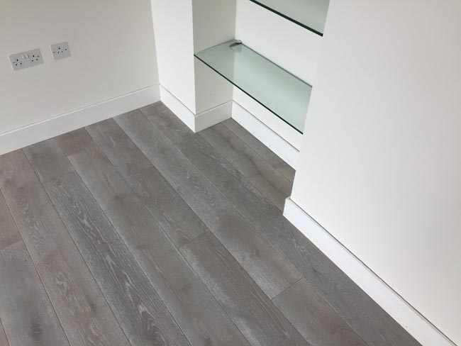 portfolio-hardwood-flooring-grey-wood-installation-03