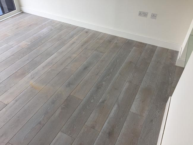 portfolio-hardwood-flooring-grey-wood-installation-04
