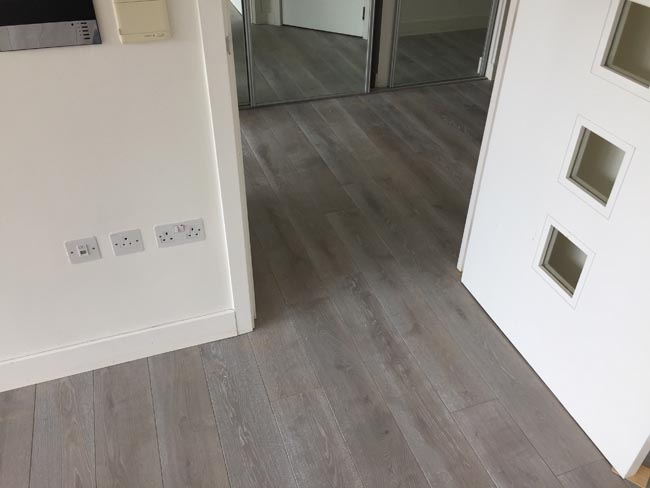 portfolio-hardwood-flooring-grey-wood-installation-06