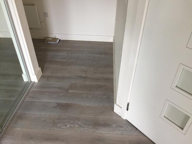 portfolio-hardwood-flooring-grey-wood-installation-10