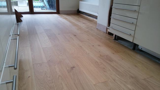 portfolio-hardwood-oak-flooring-in-premises-01