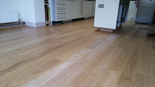 portfolio-hardwood-oak-flooring-in-premises-02