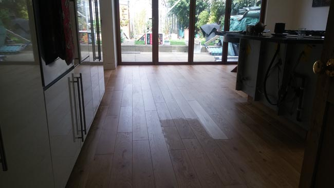 portfolio-hardwood-oak-flooring-in-premises-03