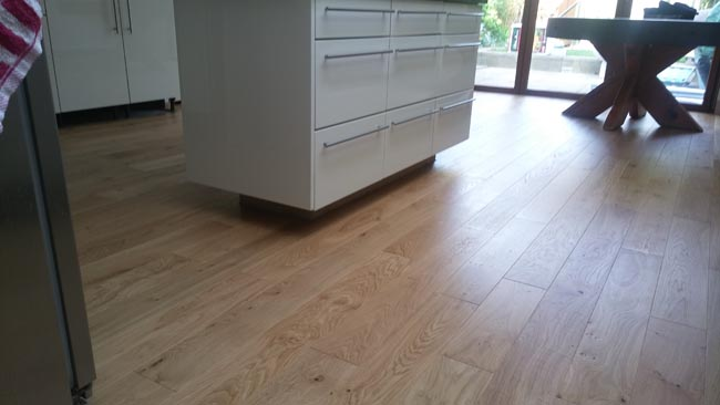portfolio-hardwood-oak-flooring-in-premises-04