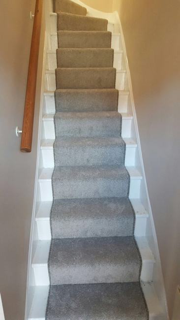 portfolio-grey-carpet-stair-runner-01