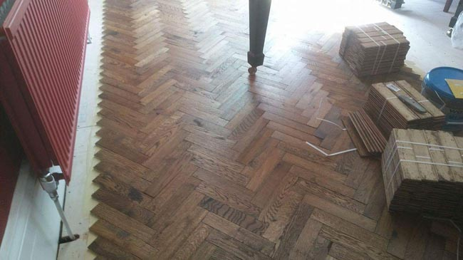 portfolio-hardwood-floors-herringbone-installation-anderson-job-02
