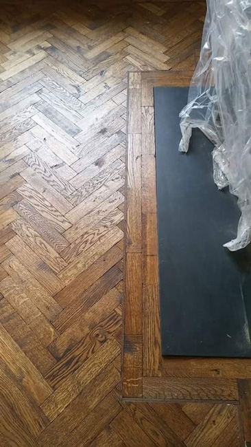 portfolio-hardwood-floors-herringbone-wood-in-bedroom-01