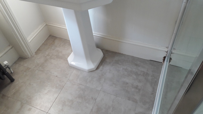 portfolio-smooth-floors-amtico-stone-design-in-wc-02