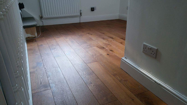portfolio-hardwood-floors-wood-plank-installation-02