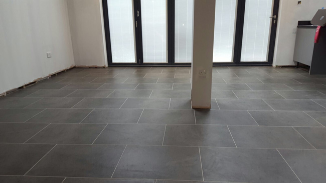 portfolio-smooth-floors-karndean-knight-tile-01