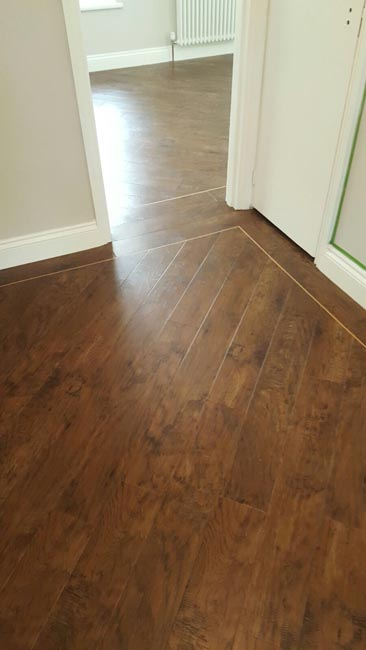 portfolio-smooth-floors-karndean-wood-style-with-border-01