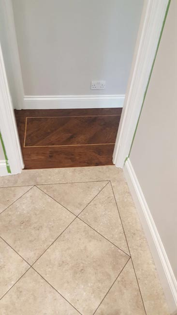 portfolio-smooth-floors-karndean-wood-style-with-border-05