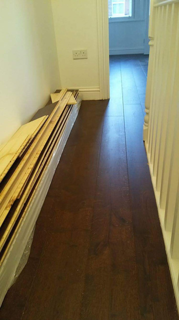 portfolio-straight-plank-wood-installation-into-bedroom-and-hall-02