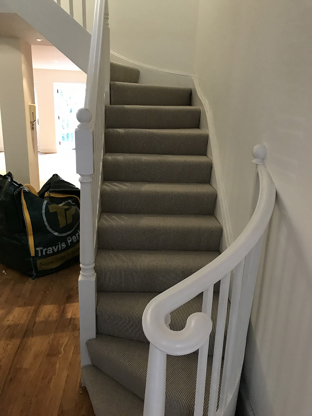 CORDED STAIRS INSTALLATION (10)