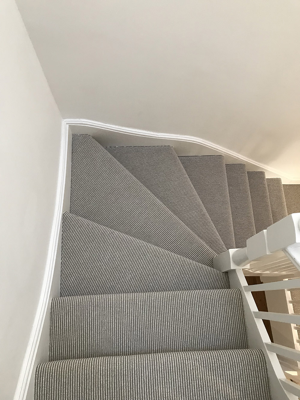 CORDED STAIRS INSTALLATION (12)